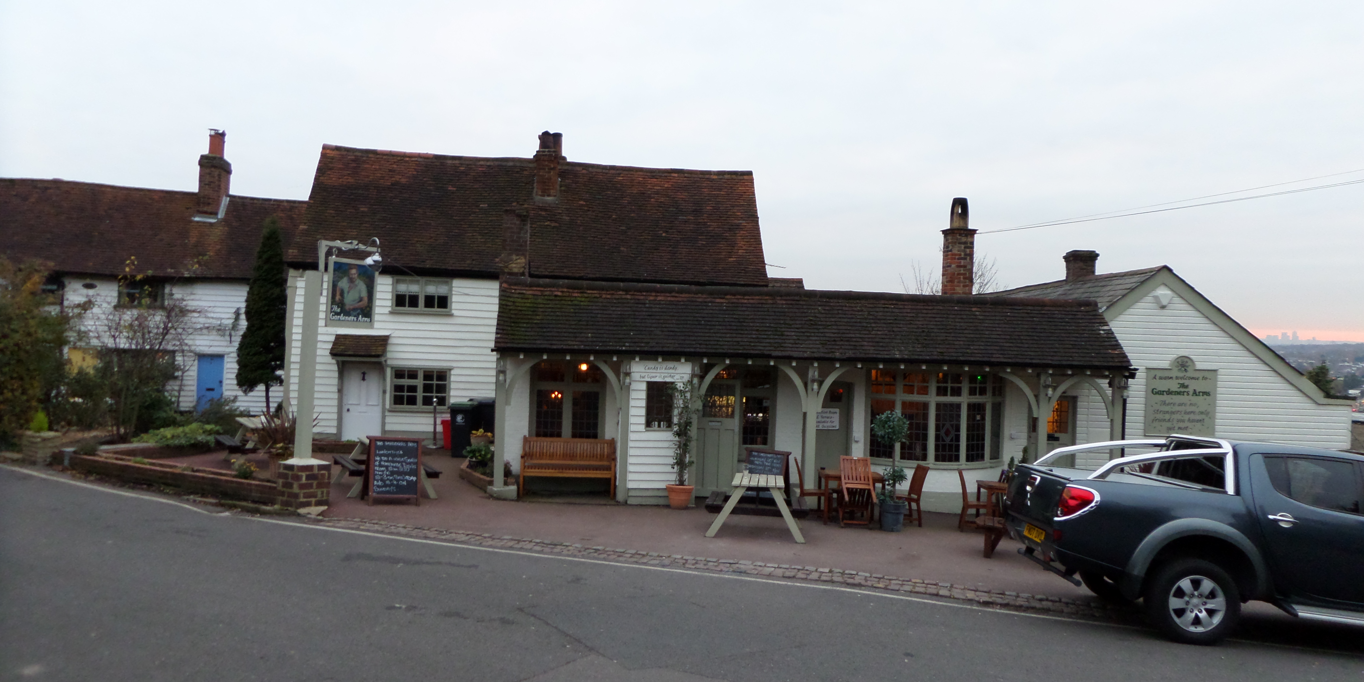 New Essex Pubs R N Foster